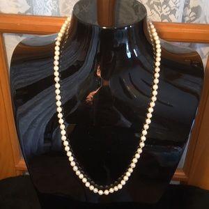 "Pearl 22"" Vintage Faux Necklace Gold Clasp"